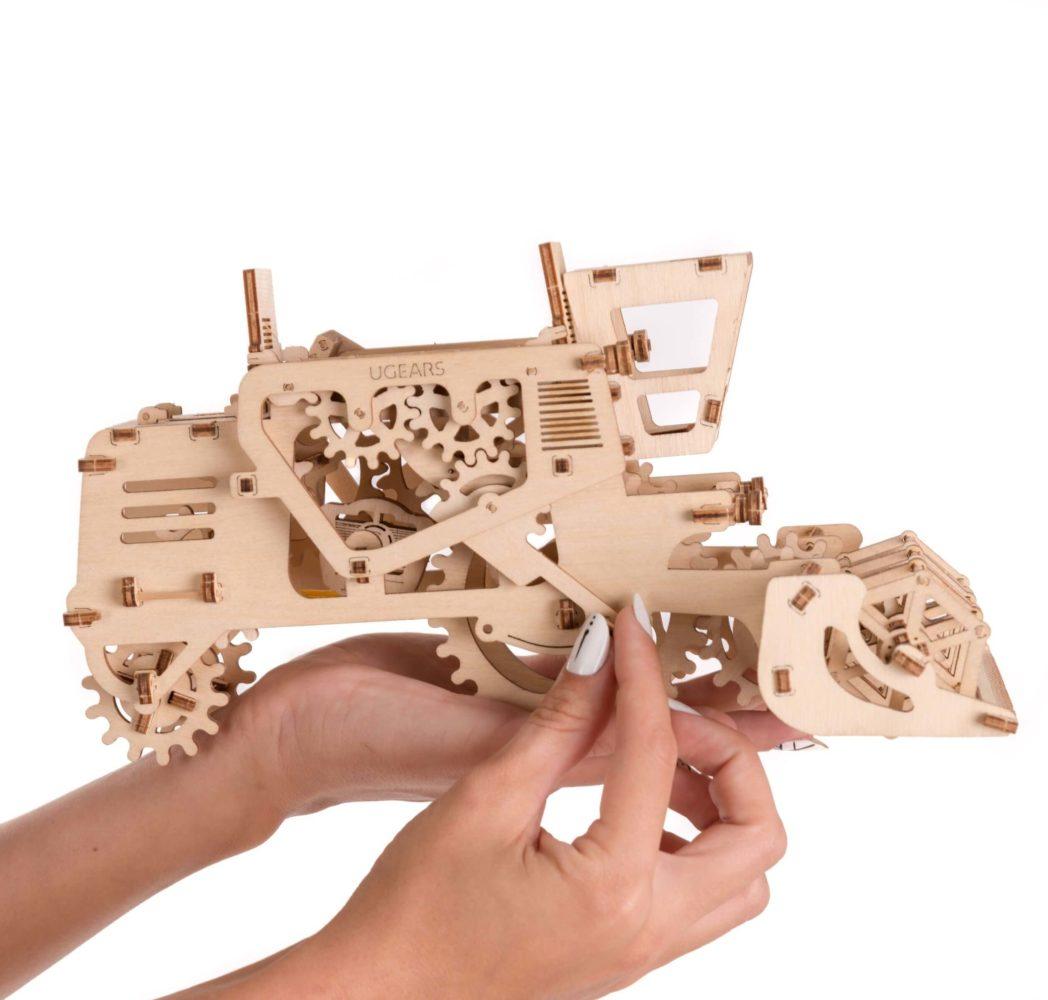 UGears Combine Harvester Wooden 3D Model 2578