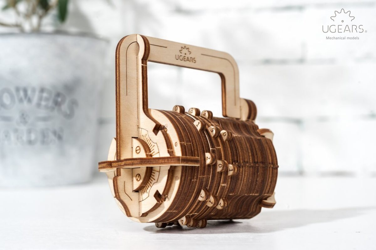 UGears Mechanical Wooden Model 3D Puzzle Kit Combination Lock