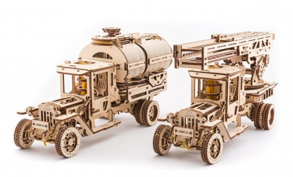 UGears Mechanical Wooden Model 3D Puzzle Kit UGM-11 Truck and Set of Additions