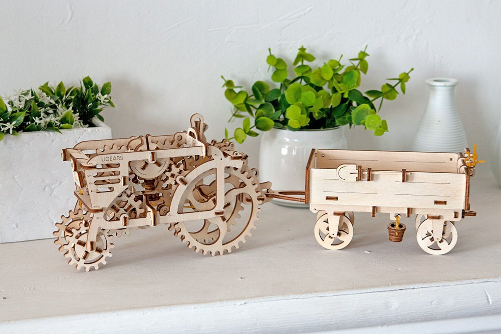 UGears Mechanical Wooden Model 3D Puzzle Kit Tractor and Trailer