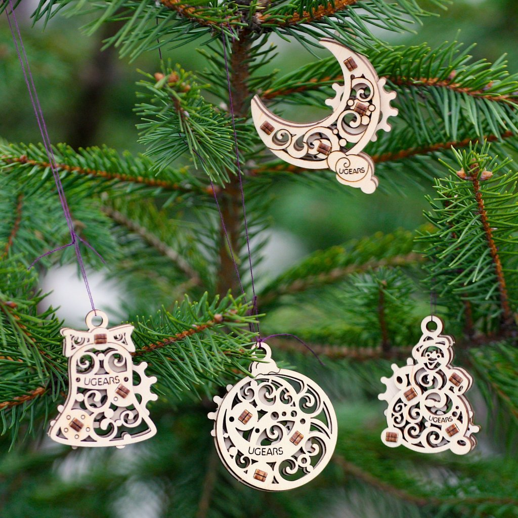 Christmas spirit with UGears U-Fidget Gearsmas! 1