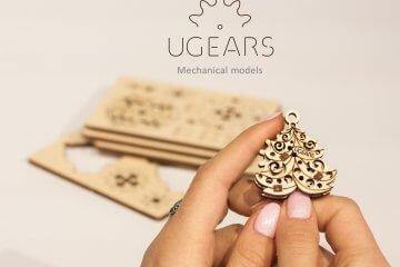 UGears Mechanical Wooden Model 3D Puzzle Kit U-Fidgets Happy New Gears