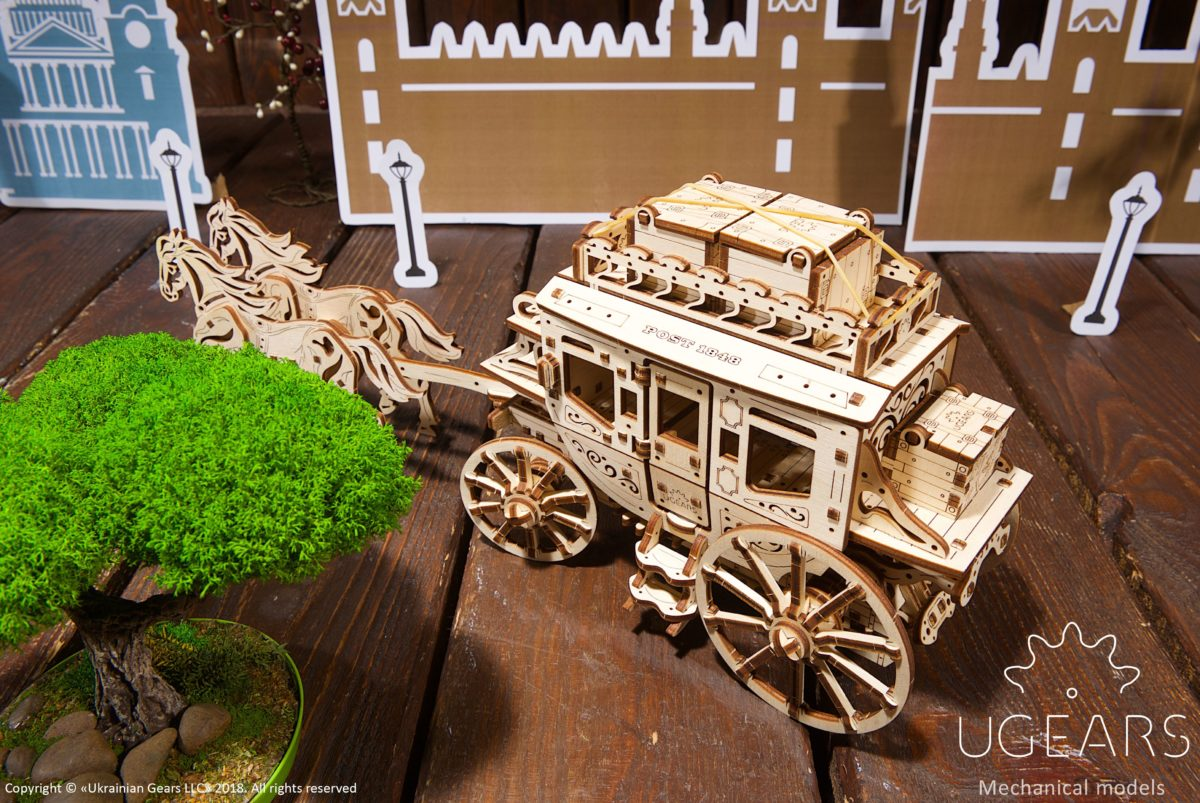 Create a Wild West atmosphere with UGEARS Stagecoach 1