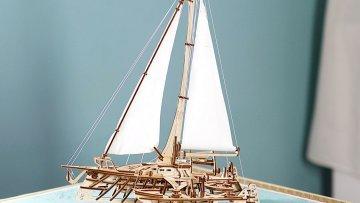 UGears Mechanical Wooden Model 3D Puzzle Kit Trimaran Merihobus