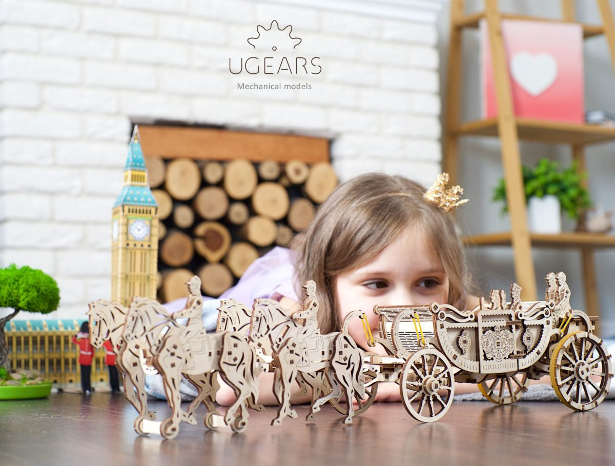 UGears Mechanical Wooden Model 3D Puzzle Kit Royal Carriage