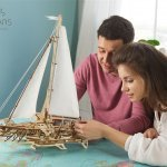 UGears Mechanical Wooden Model 3D Puzzle Kit Trimaran Merihobus