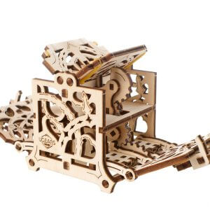 UGears Mechanical Wooden Model 3D Puzzle Kit Dice Keeper