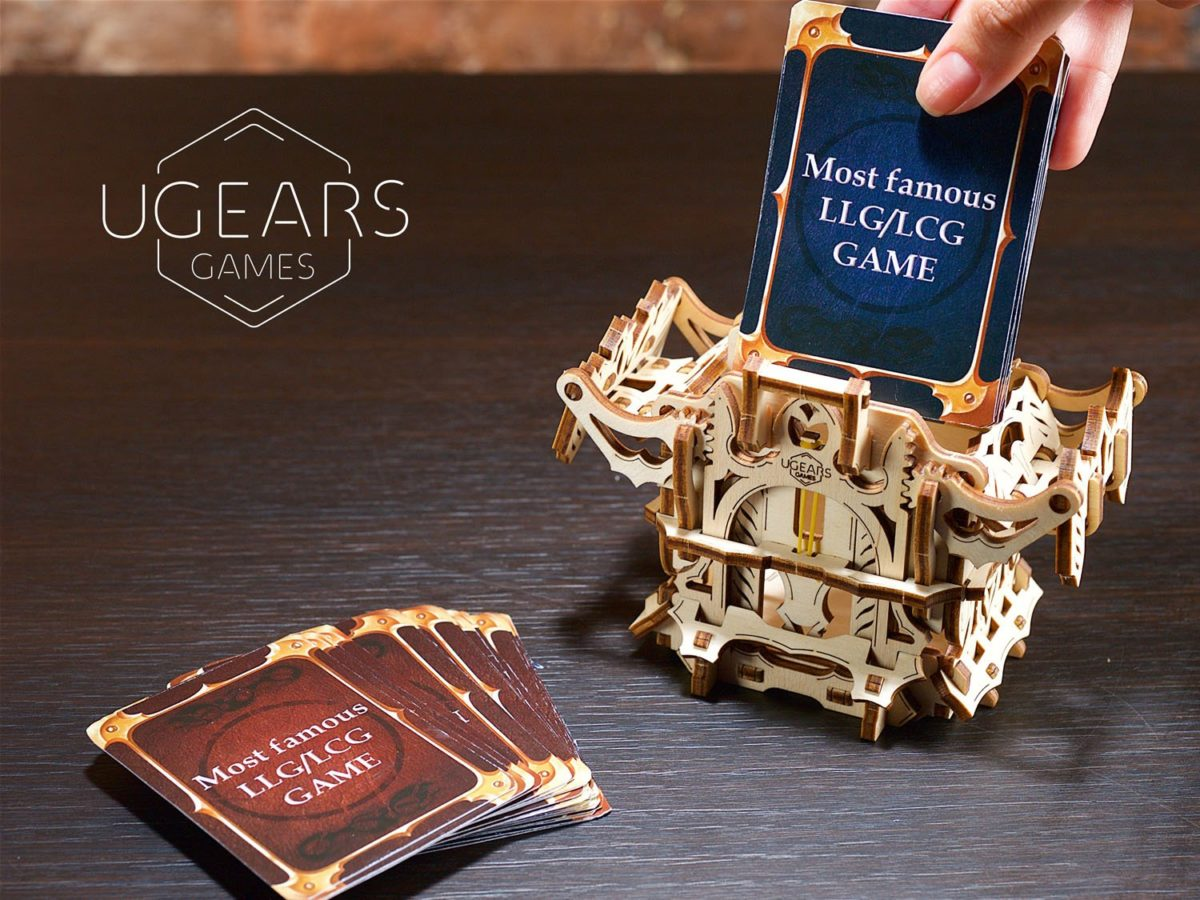 UGears Mechanical Wooden Model 3D Puzzle Kit Deck Box