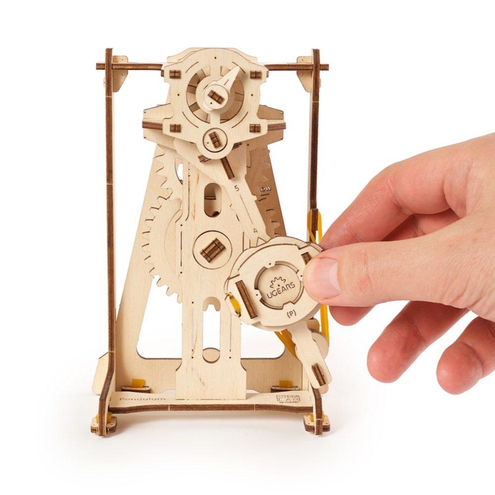 03. Pendulum STEM