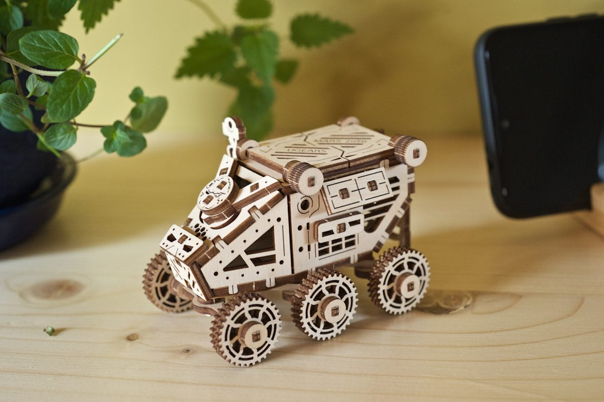 Ugears-Mars-Buggy-model-kit