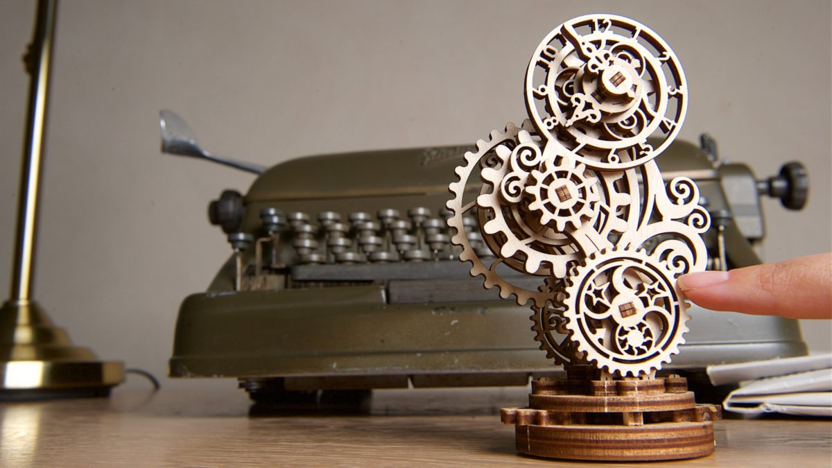 Do Ugears mechanical models foresee the future? 2