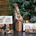 Christmas spirit: UGears Dream Cabriolet 5