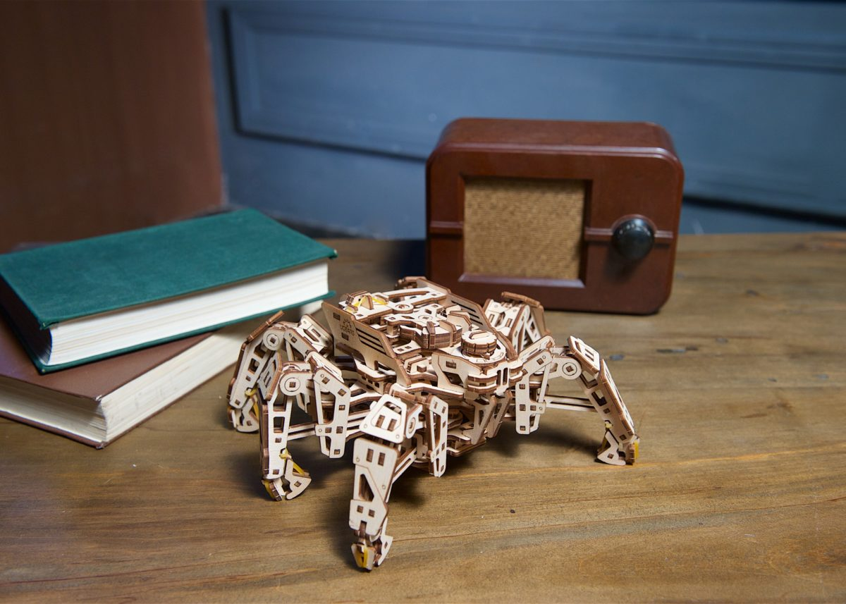 Hexapod Explorer: Assemble Me. Step with me - UGears USA 3