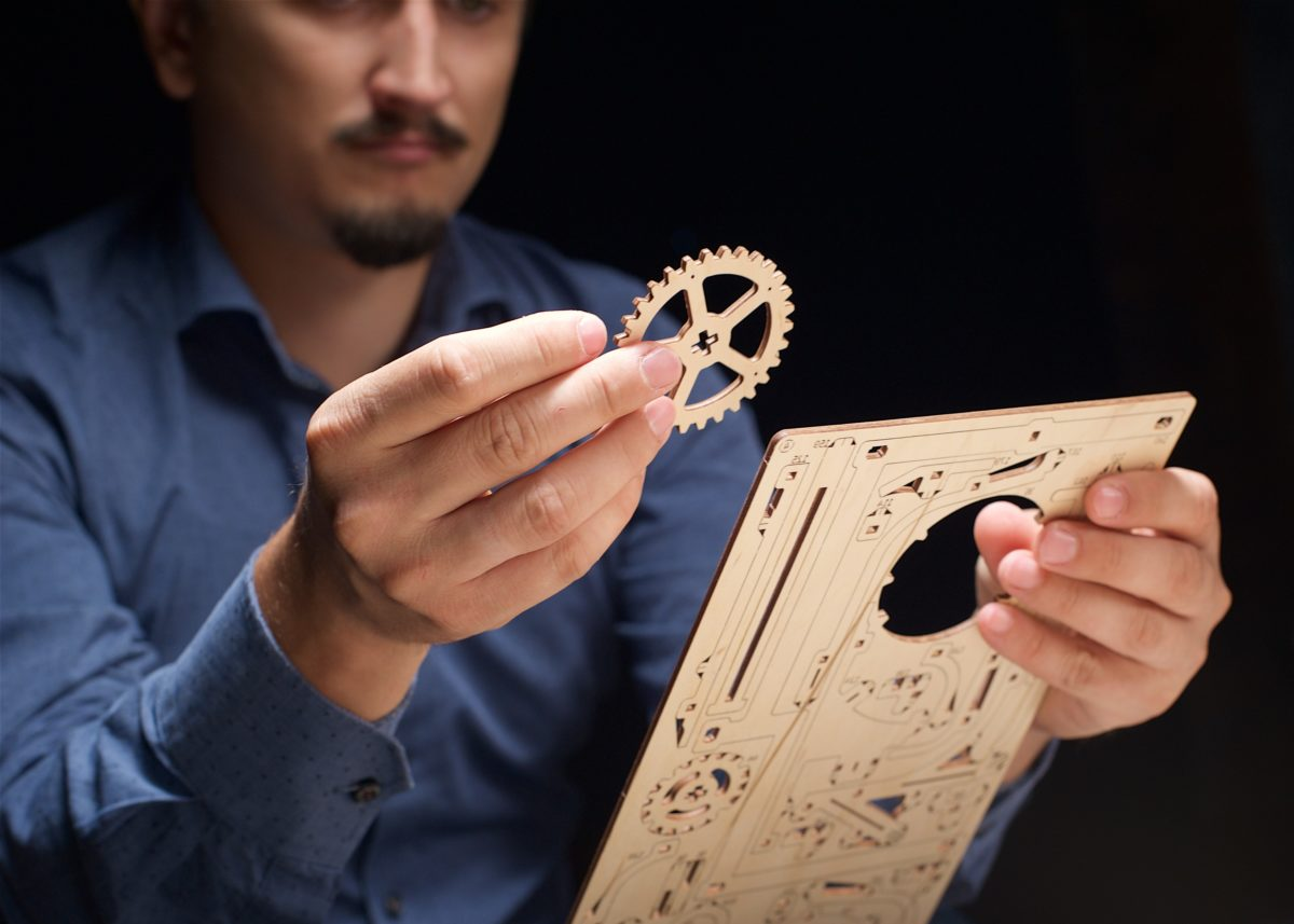 Marble Run Stepped Hoist: Assemble Me. Let my marbles go! - UGears USA 2