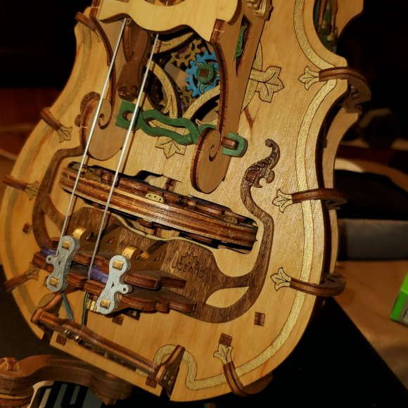 UGears Hurdy-Gurdy review 104749