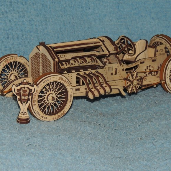 UGears U-9 Grand Prix Car review 113711