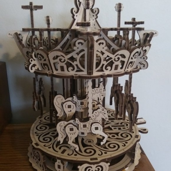 UGears Carousel review 132805