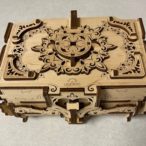 Ugears Antique Box review 142196