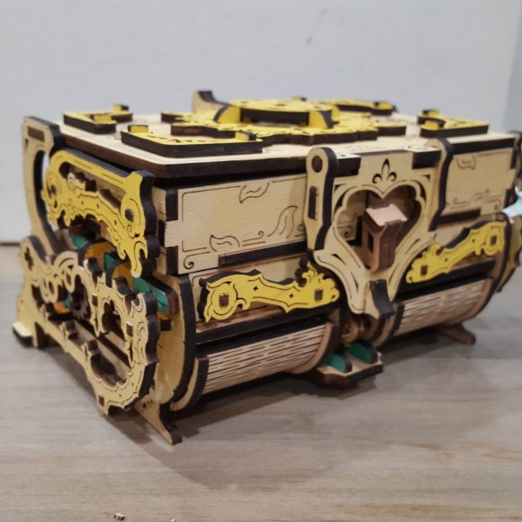 Ugears Antique Box review 145385