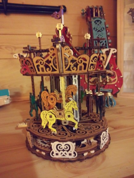 UGears Carousel review 146352