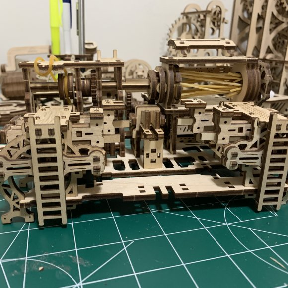UGears Robot Factory review 71906